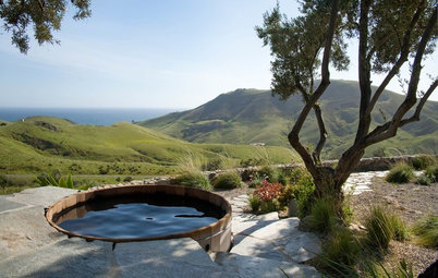 Enjoy Outdoor Soaking With a Classic Wood Hot Tub