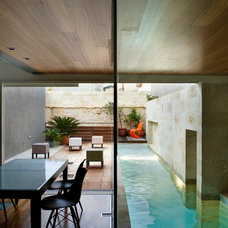 Contemporary Pool by Chris Briffa Architects