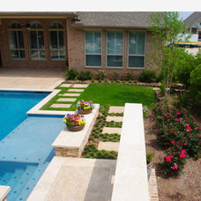 Modern Landscape by Terry's Landscape and Design