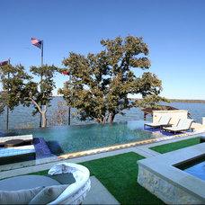 Mediterranean Pool by Zbranek & Holt Custom Homes