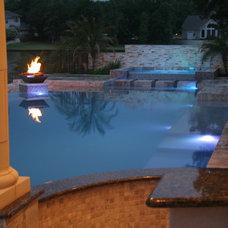 Contemporary Pool by Downunda Aquatic Environments