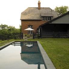 Traditional Pool by Kathryn Scott Design Studio Ltd