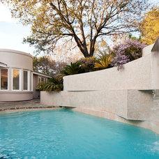 Modern Pool by mark pinkerton  - vi360 photography