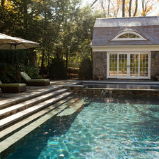 Rustic Pool by Conte & Conte, LLC