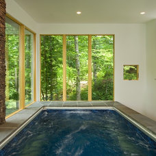 Contemporary Pool by Anthony Wilder Design/Build, Inc.