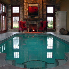 traditional pool by Holzheimer Interiors, Inc.
