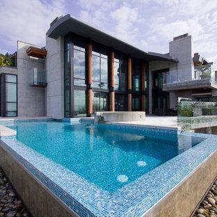 Infinity Edge Pool - Glass Tile