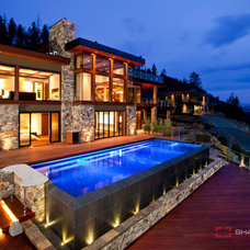 Contemporary Pool by Begrand Fast Design Inc.