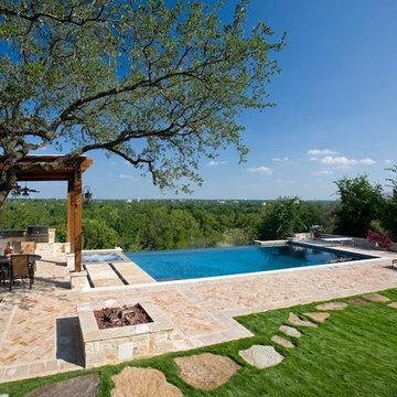 Infinity Pool In New Braunfels