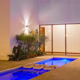 International Project: Modern Home 1