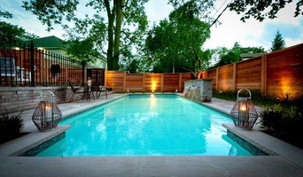 Intimate Backyard Pool Oasis