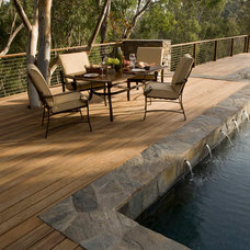 Modern Fencing by San Diego Cable Railings