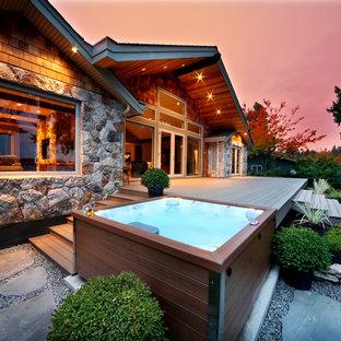 Imagen de piscinas y jacuzzis elevados, rurales, pequeños, rectangulares, en patio trasero, con entablado