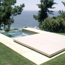 Modern Pool by Sagan / Piechota Architecture