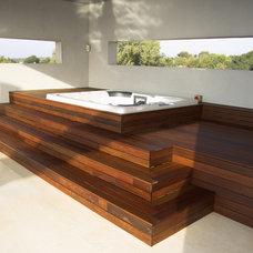 Pool by Konstantin Mazin