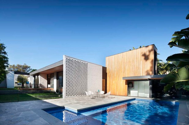 Midcentury Pool by Eco Outdoor AUS