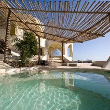 Tropical Pool Kilindi