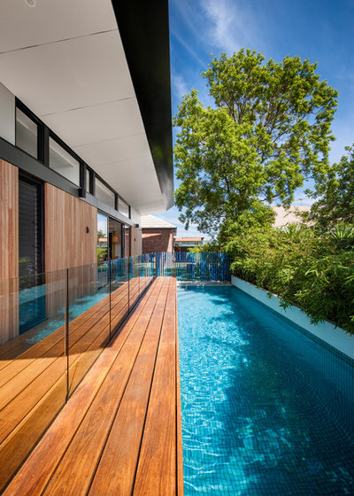 Contemporary Swimming Pool by sw-architects