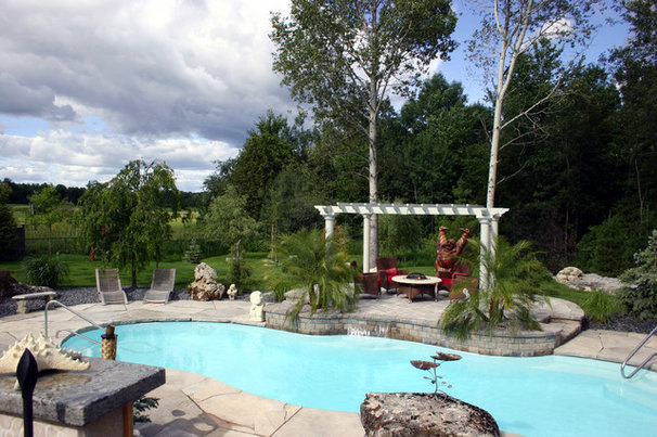 Traditional Pool by Natural Elements