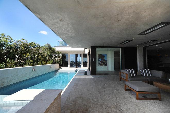 Beach Style Pool by O plus L