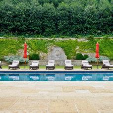 Traditional Pool by Joe A. Gayle & Associates