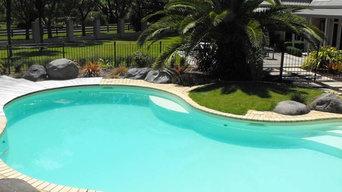 Landscape Project - Kidney Shaped Blue Pool