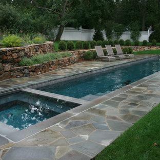 Diseño de piscina alargada tradicional