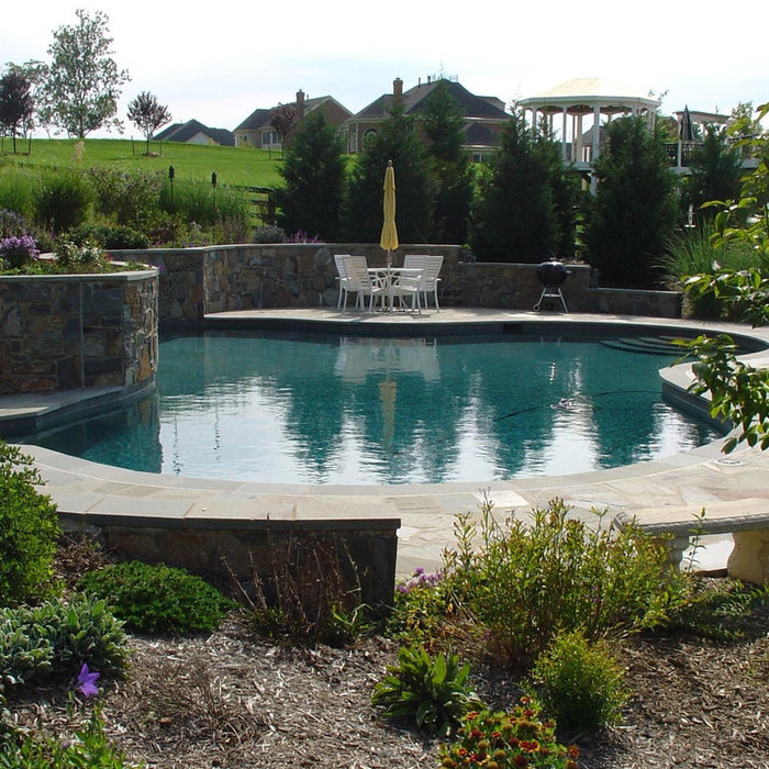 Leesburg Pool and Landscape