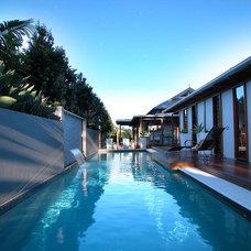 Contemporary Pool by spAEc