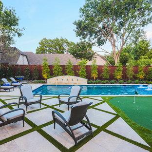 Idee per una piscina monocorsia mediterranea rettangolare di medie dimensioni e dietro casa con pavimentazioni in pietra naturale e fontane