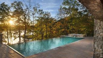Luxury Infinity Pool & Outdoor Living