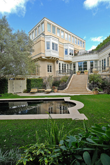 Traditional Pool by Sutton Suzuki Architects