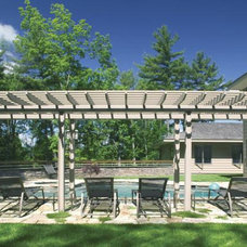 Traditional Pool by Martin E. Rich Architect, P.C.