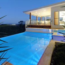 Modern Pool by Soul Space