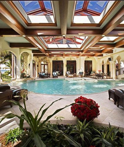 Mediterranean Pool by Clifford M. Scholz Architects Inc.