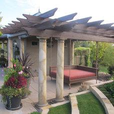 Mediterranean Pool by Edgework Builders, Inc.