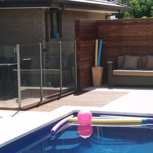 Merbau deck with privacy screen