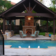 Traditional Pool by Lush Outdoor Living, Inc.