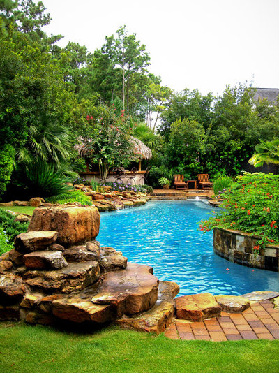 Traditional Pool by Mirror Lake Designs