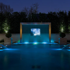 modern pool by Harold Leidner Landscape Architects