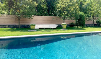 Modern Fence in Ridgefield, CT