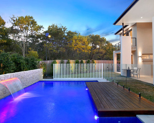 Sheer descent water feature home design ideas pictures for Pool design houzz