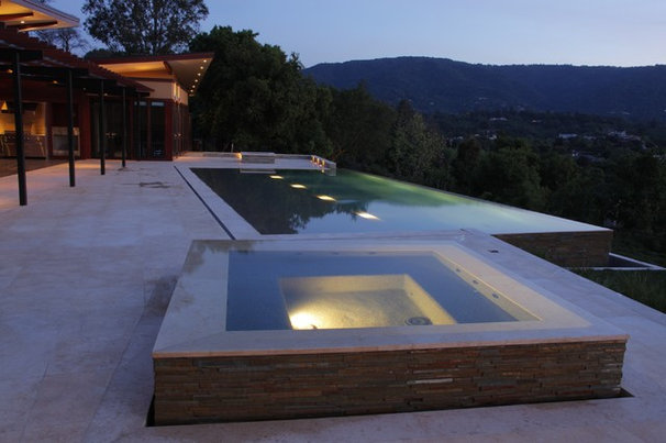 Modern Pool by modern house architects