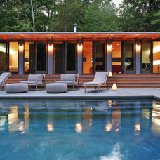 Modern Pool by Resolution: 4 Architecture