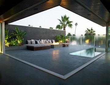 Modern Rooftop Outdoor Entertainment Area
