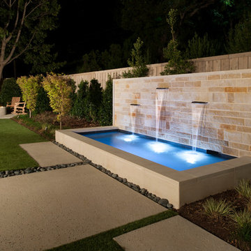 Modern Spa / Water Feature
