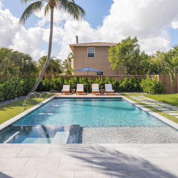 Modern Straight Line Pool & Spa in Fort Lauderdale