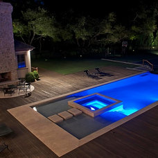 Modern Pool by Perello Building Corporation