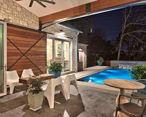 foto de piscina con fuente alargada campestre de tamao medio rectangular en