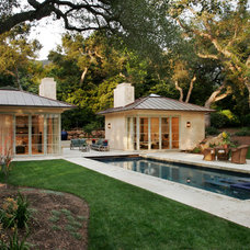 Modern Pool by Studio 7 Architecture & Allied Arts